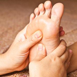 Zoneterapi behandling mod problemer med iskias, hofte, knæ og lænd